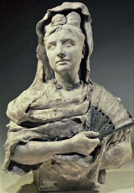 Zacharie Astruc, 1878ca, Madame Astruc en espagnole (Carmen; sur éventail), sc plâtre, 78x60x40, MBA Angers (aR4;iR23;iR1) Compare: SdAF-1892-2232, Carmen + S1877-3575, Portrait de Mme I.-Z. Astruc + S1878-4017, Carmen.
