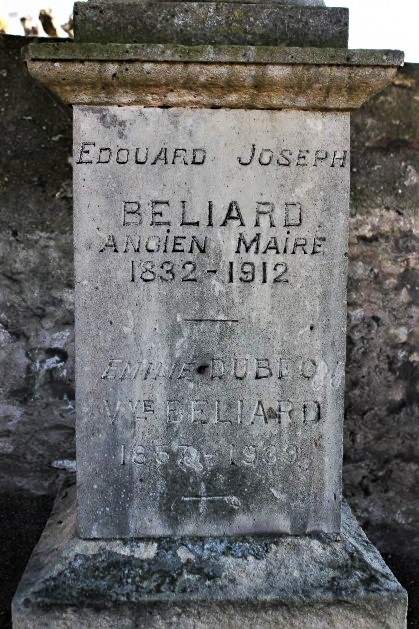 Tombstone Edouard Béliard and his wife, cemetary Saint-Gilles, Étampes