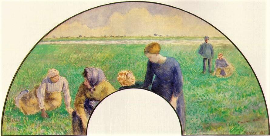 Camille Pissarro, 8IE-1886-106, éventail, paysannes (gouache). Now: 1885, Peasants Gathering Grasses, fan, gouache, 31x62, private
