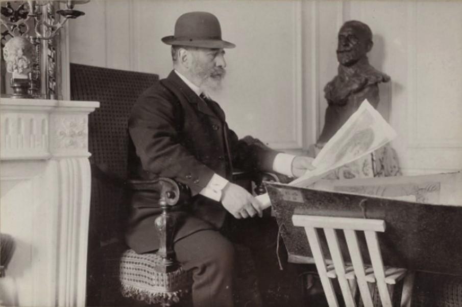 Dornac, 1887, J.F. Raffaëlli at his home, photo (iR40;iR26)