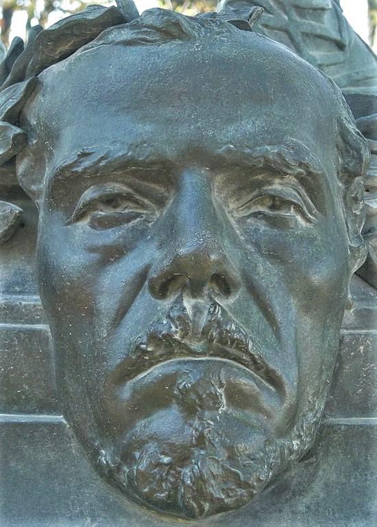 Zacharie Astruc, 1883ca, mask of Delacroix, bronze, xx, Jardin de Luxembourg (iR6;aR18) = Zacharie Astruc, 1883ca, Mask of Corot, bronze, 200x69x78, Jardin du Luxembourg (iR3;iR23;iR35) =SdAF-1883-3293-7, Le Marchand de masques; statue, bronze, Delacroix