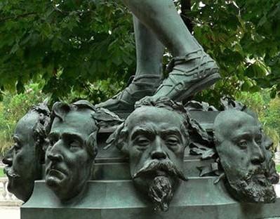 Zacharie Astruc, 1883, Le marchand de masques (masks of painters and writers), sculpture (lower part), xx, Jardin du Luxembourg Paris (iR10;iR3) = SdAF-1883-3293, Le Marchand de masques; statue, bronze.
